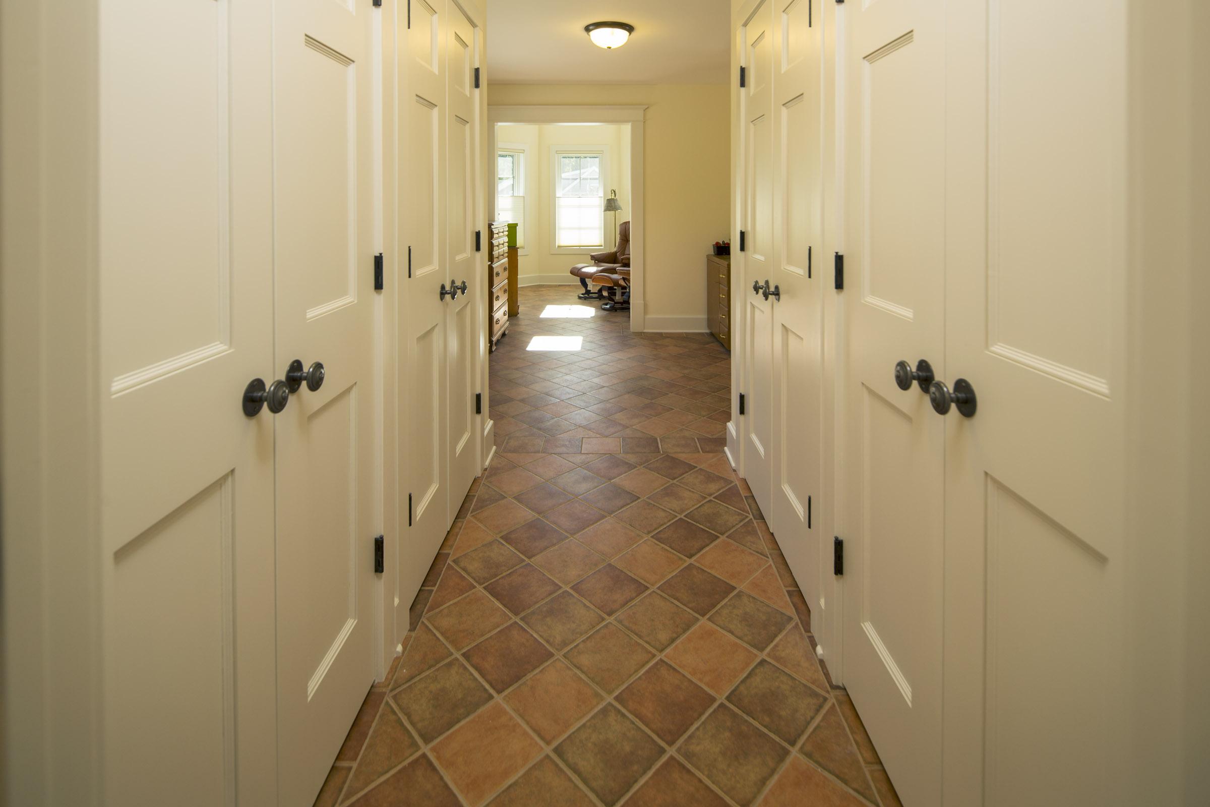 Cheeseman | Interior | Hallway