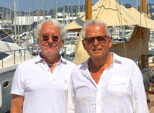 Reklamlegenderna Steve Trygg och Hans Brindfors ligger bakom varumärket, logon och symbolen för Alzheimer Life.