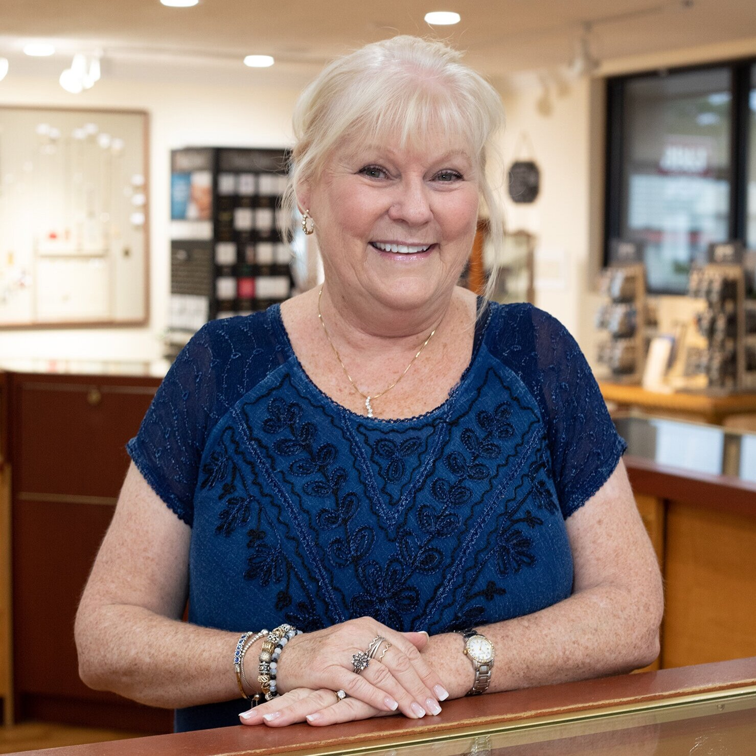 Karen Abernathy Sales Associate   Karen has been in the jewelry industry for over 25 years and with Oz's Jewelers 3 years. She truly loves connecting with her customers and loves the excitement jewelry brings people.  Fun fact: Karen once proposed for a nervous young man to his girlfriend in the jewelry store… and she said yes!  Karen works with us on Saturdays