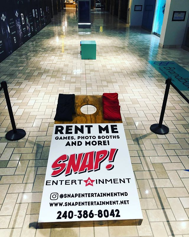 @snapentertainmentmd: Hey can I get a graphic for our 8 foot cornhole? I need it today?  Us: Suuuuuuure  Go check out their set up @shoptysons!