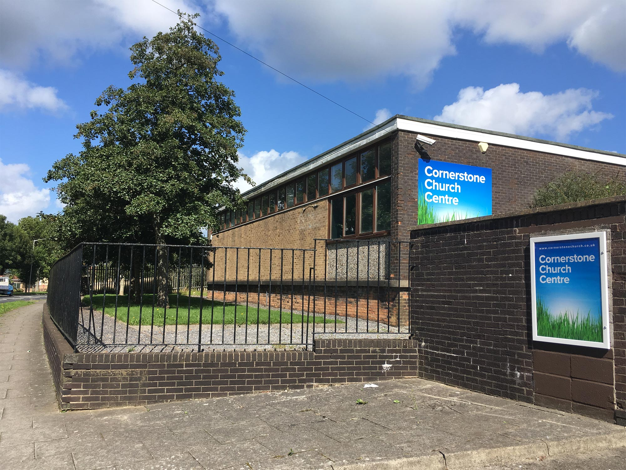 Community & Projects - Penlan is the centre for our church offices and community projects. Projects include Little Rascals Parent and Toddler Group, Gap Food, Gap Extra, Youth, and various special events. Find us at 32 Mynydd Newydd Road, Penlan, Swansea SA5 5AE.