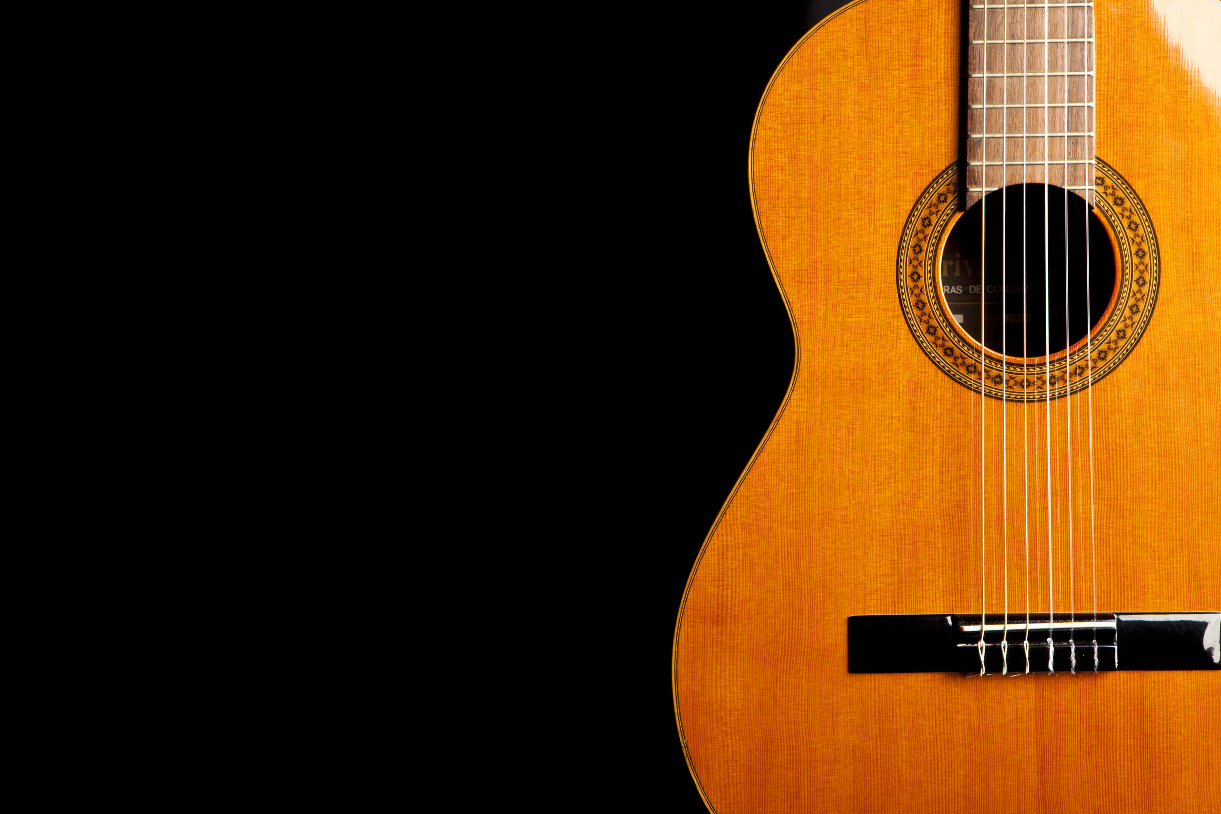 Spanish Classical Guitar_AdobeStock_33352914.jpeg