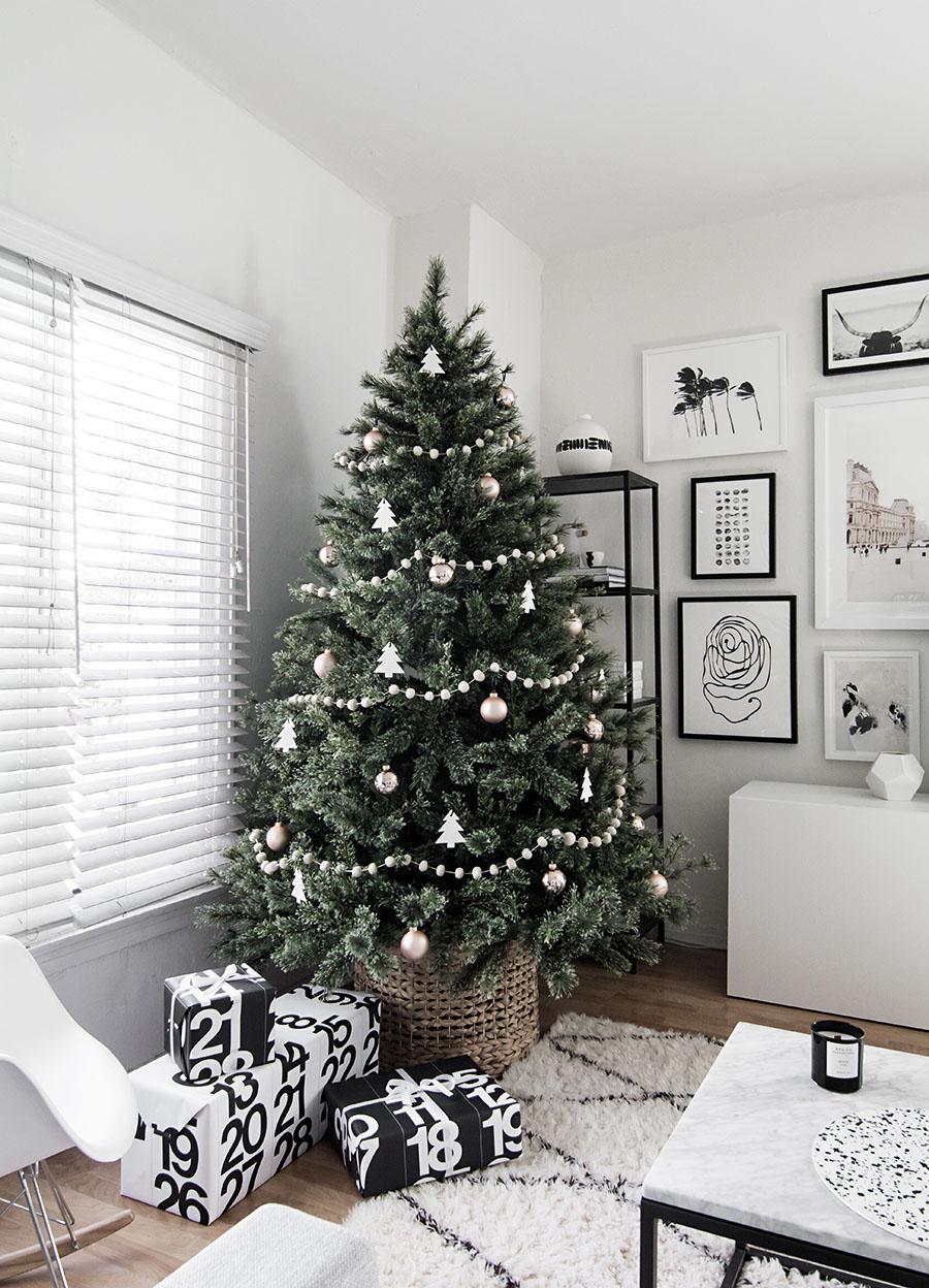minimal-scandinavian-christmas-tree-8.jpg