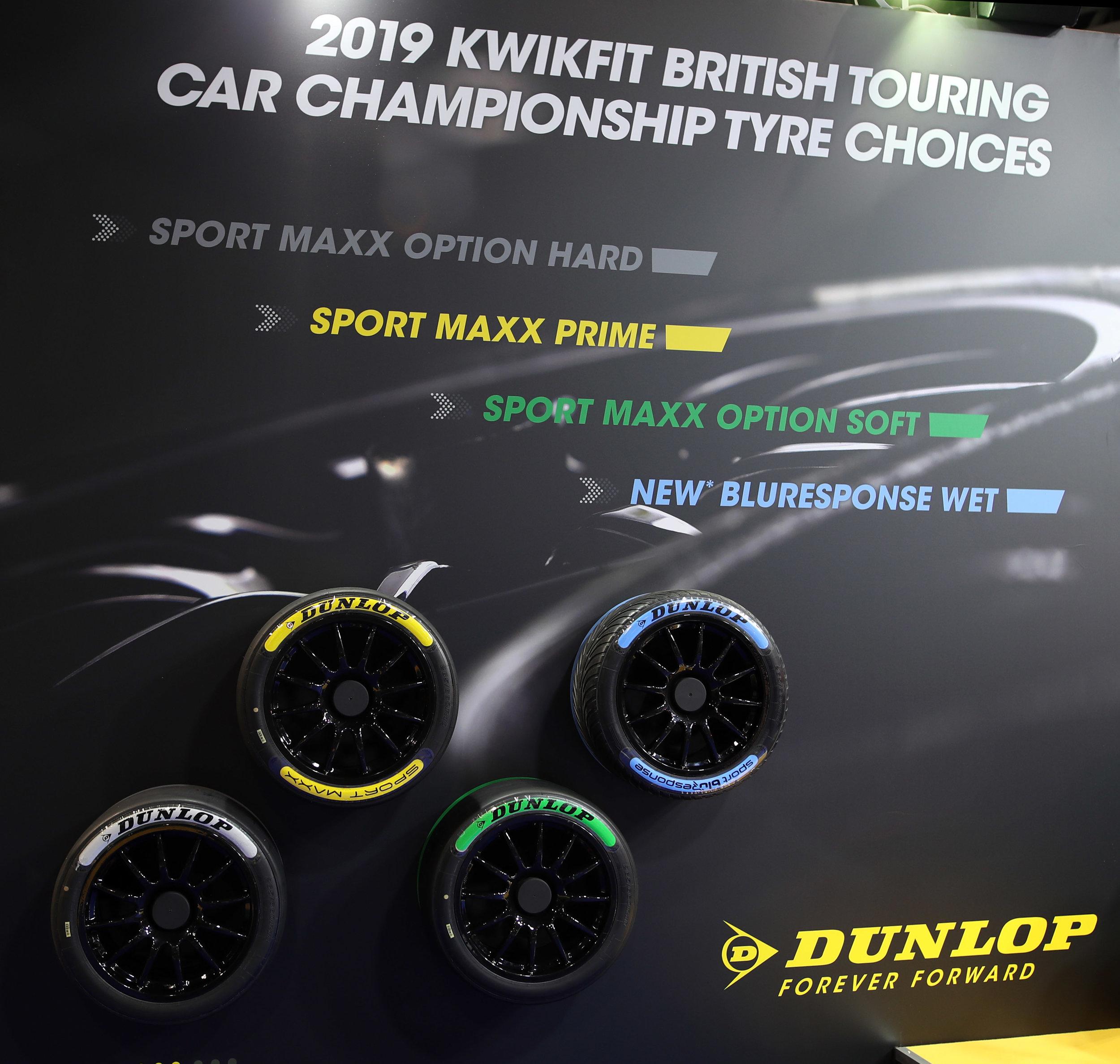 Dunlop-Tyres 2.jpg