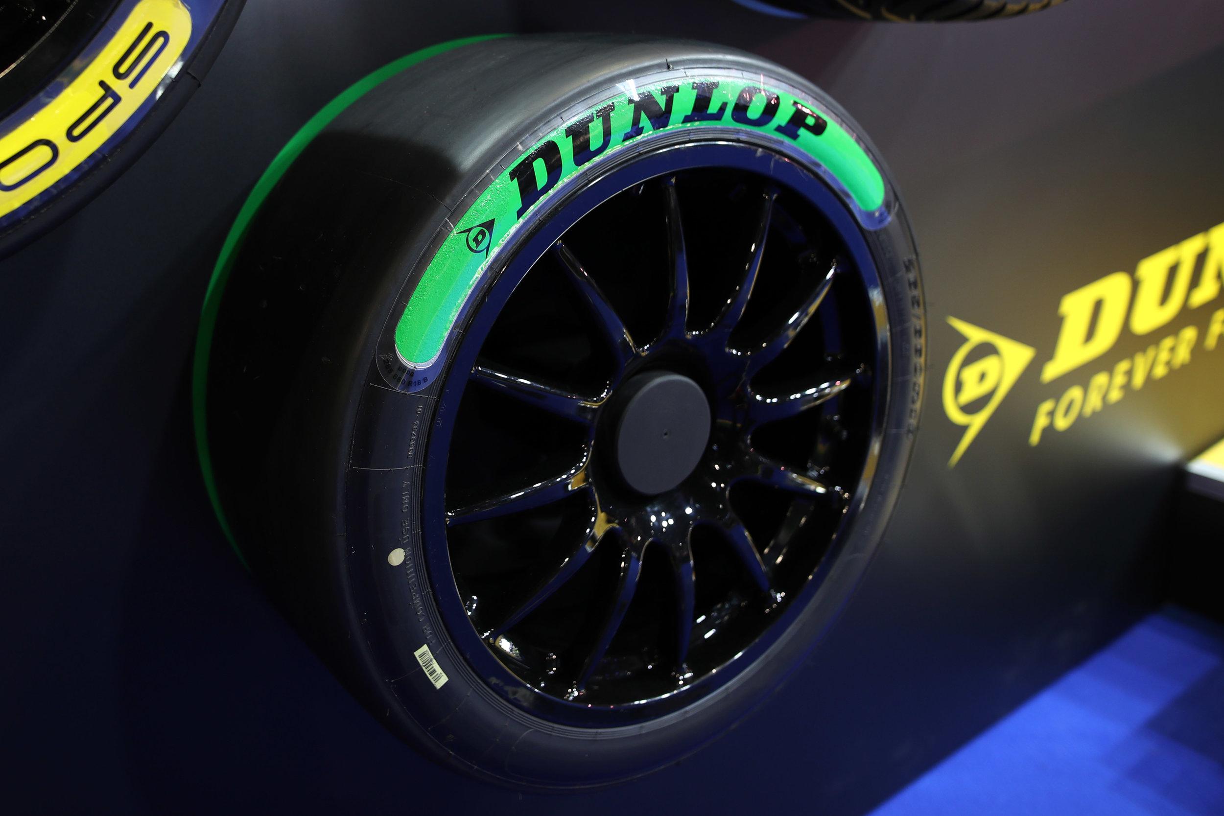 Dunlop-Tyres 4.jpg