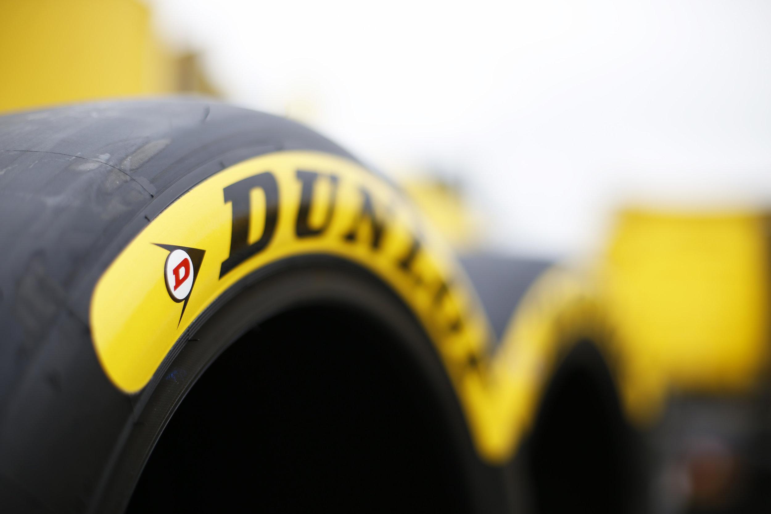 Dunlop-Tyres 5.jpg