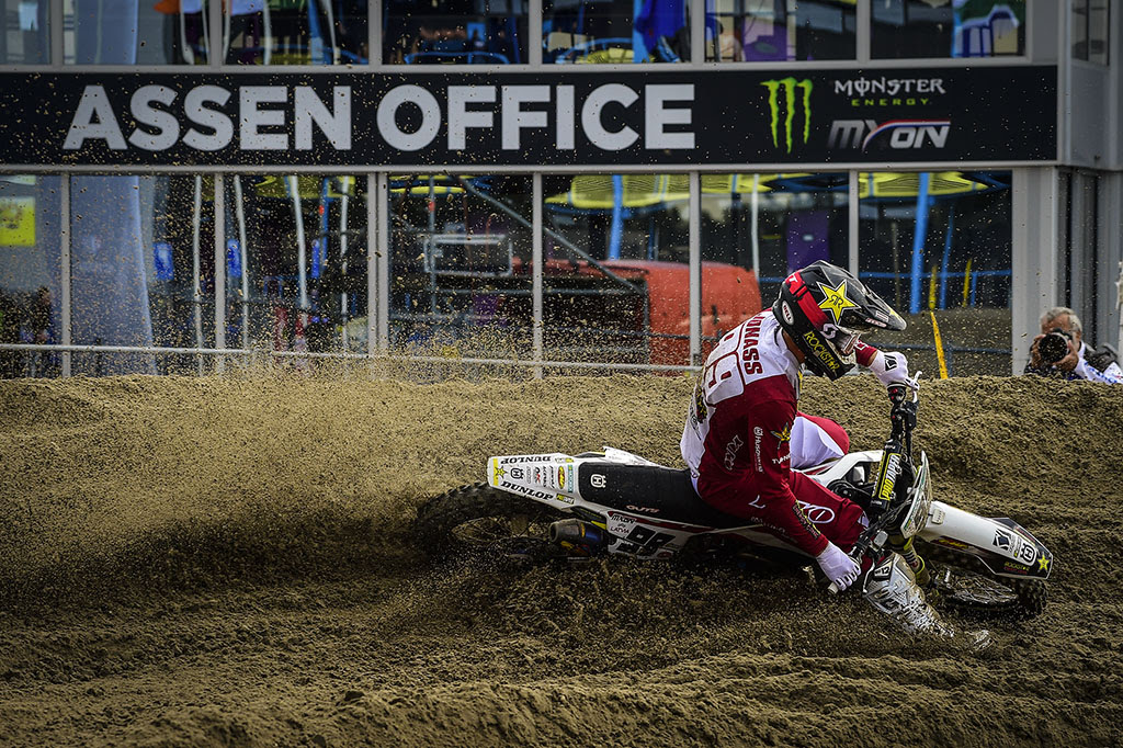 Pauls-Jonass-wins-the-MX-Open-Qualifier-Dunlop.jpg