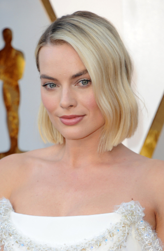 Margot Robbie - I love this shorter bob on Margot, bluntly cut in one length and styled with soft waves using straighteners. Teamed with her sun-kissed colour, it really helps to show off her stunning Chanel gown. (We predict Margot's new look will be much requested in the salon!)