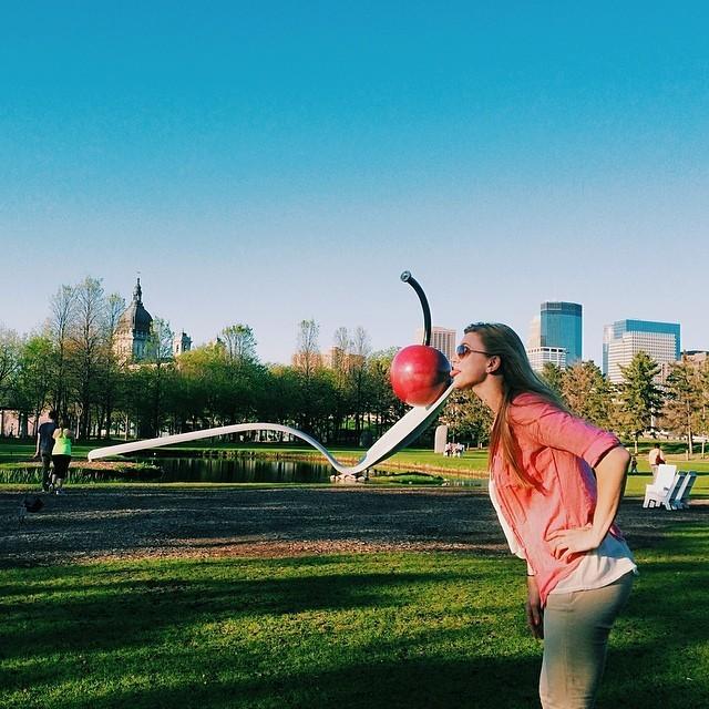 tourist (at Minneapolis Sculpture Garden)