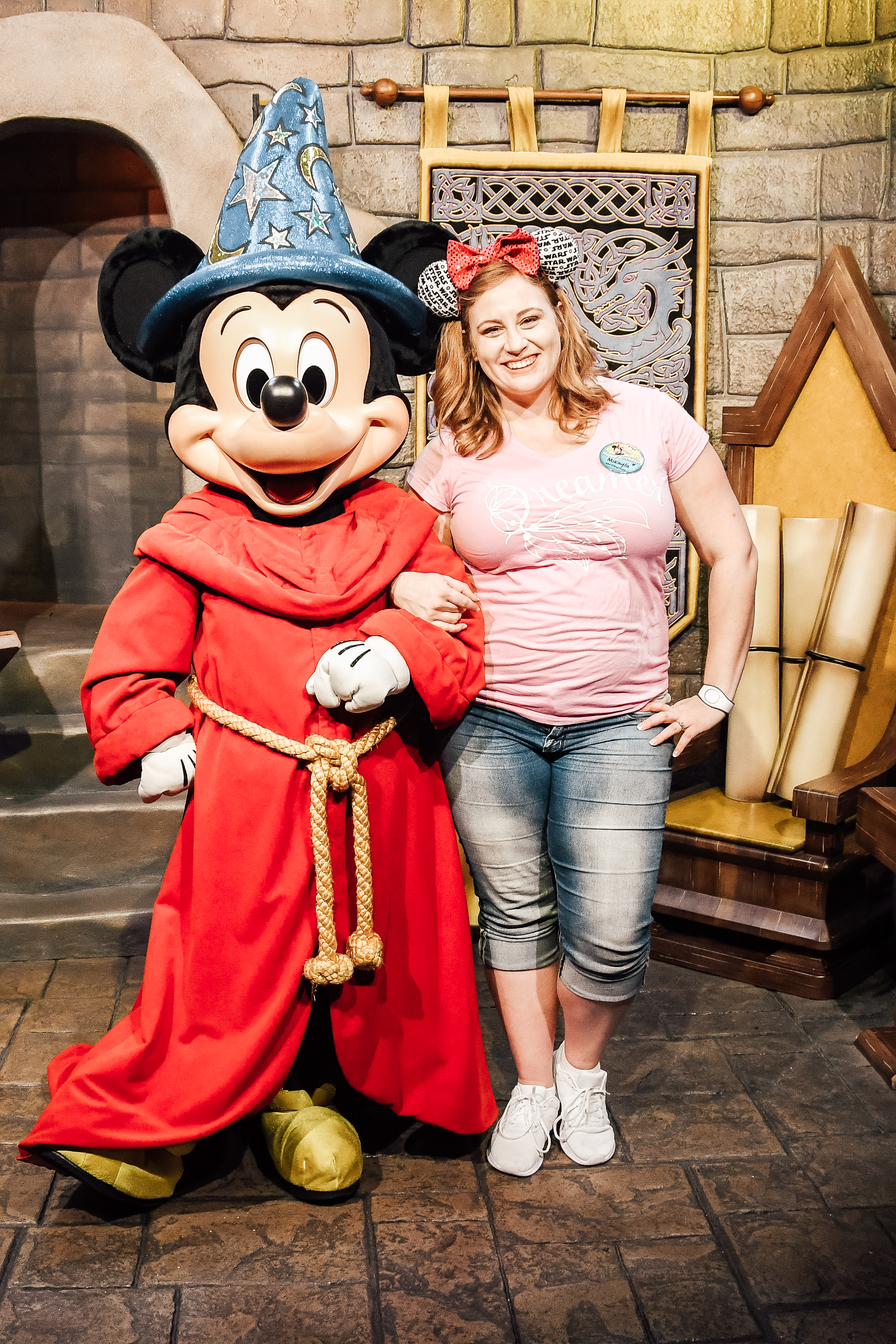 hi. i'm mikayla - I'm your girl for all your Disney and Universal travel needs!