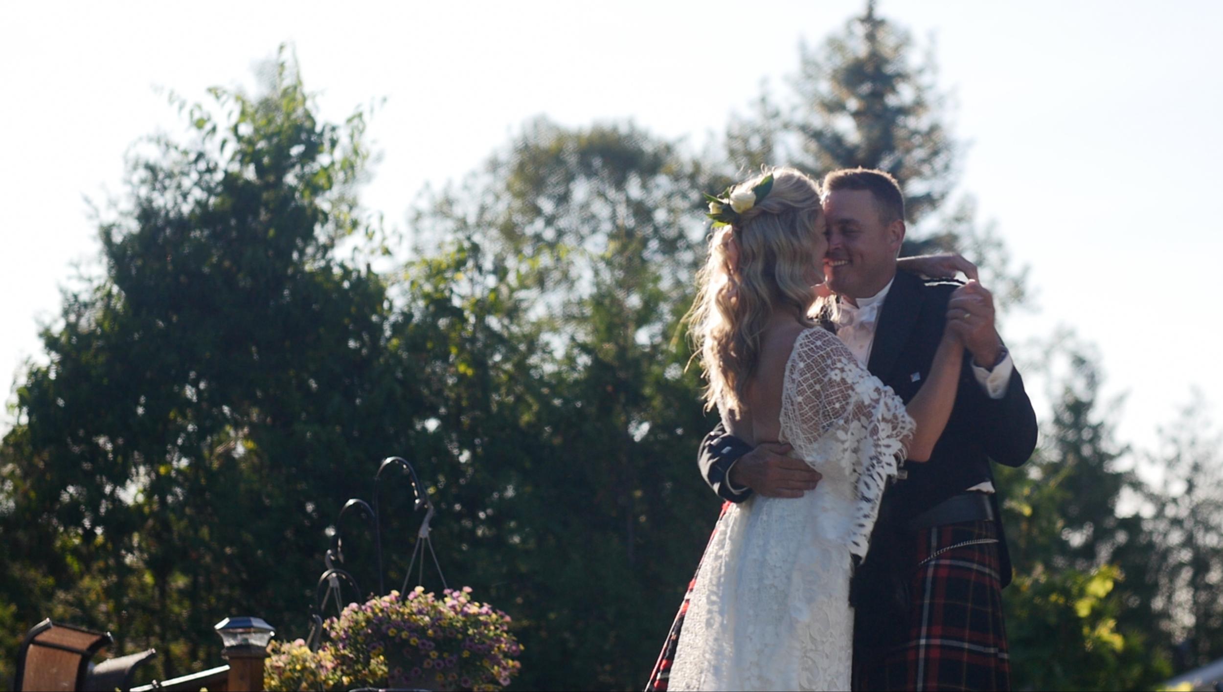 toronto-lakeside-wedding-videography.png