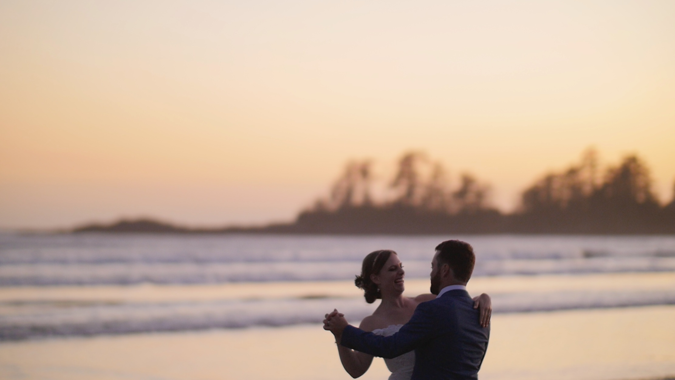 tofino-magical-goat-cameo-wedding-robyn-ben