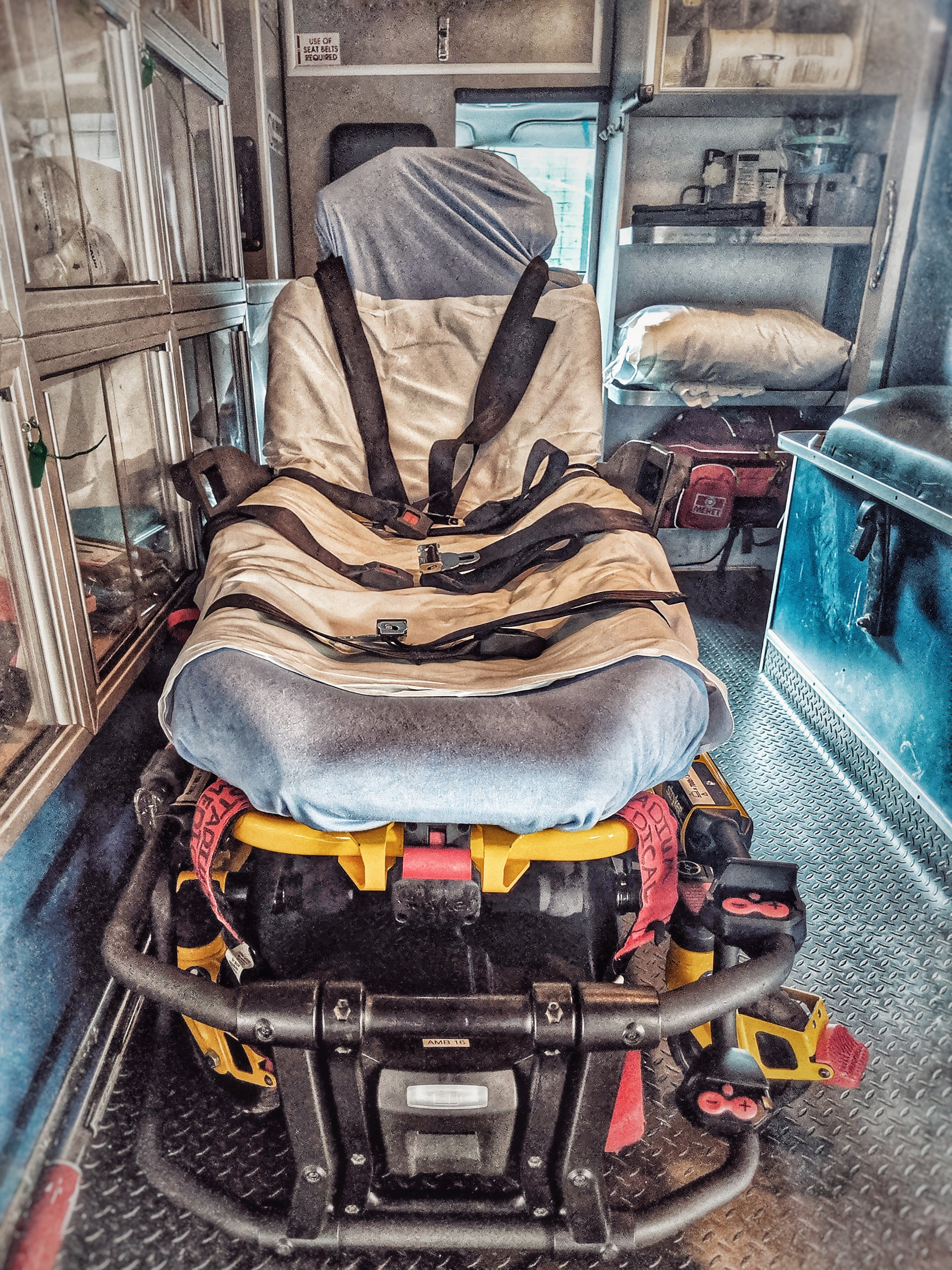 Stryker Power-PRO XT Cots - Cots for safe patient movement, loading, and unloading, as well as employee safety.