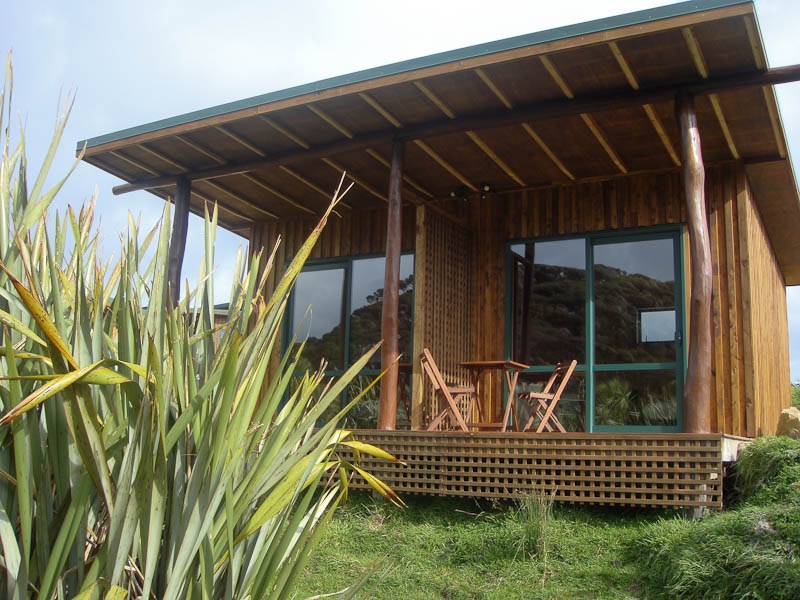 Tourist cabin for up to 4 people near Collingwood, Golden Bay, NZ