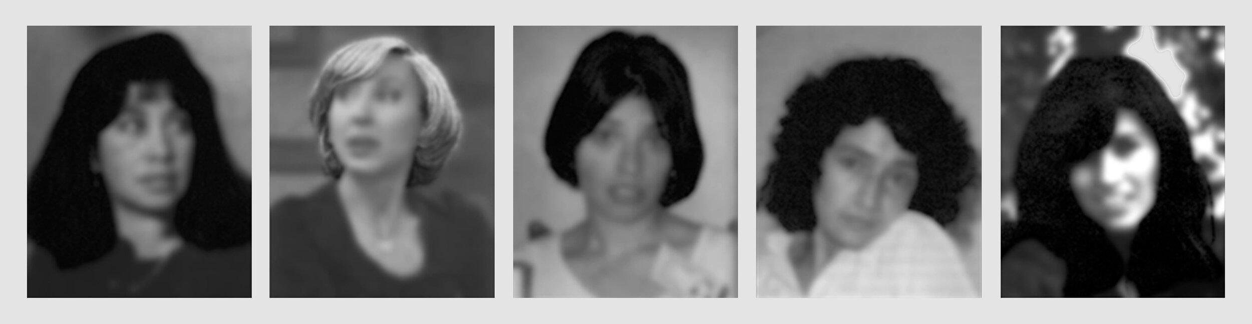 """""""Pelaje (las agentes)"""" de la exposición  ¡Qué tal raza!  en Galería Forum, 2002."""