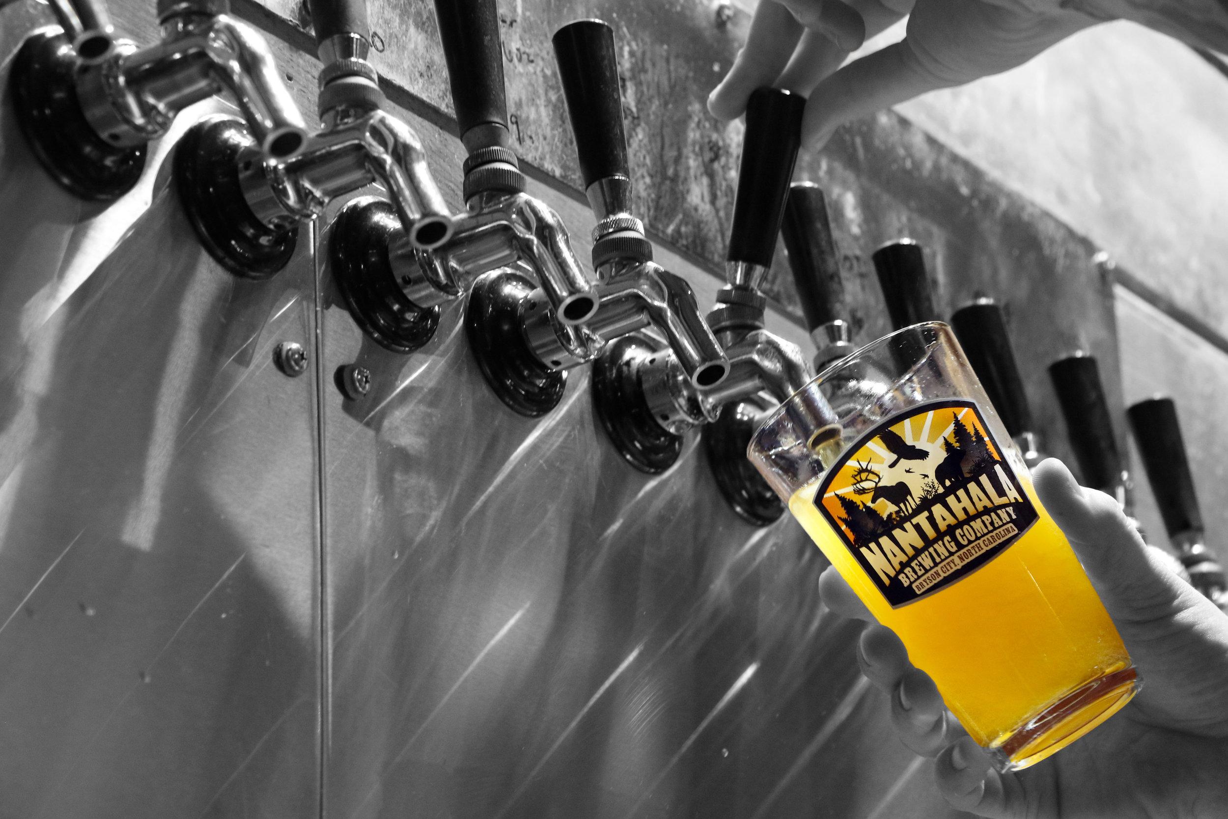 nantahala-brewing-company-taproom-taps-pour.jpg