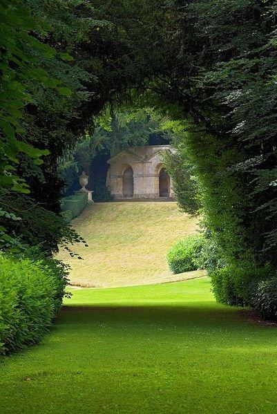 Rousham-glade.jpg