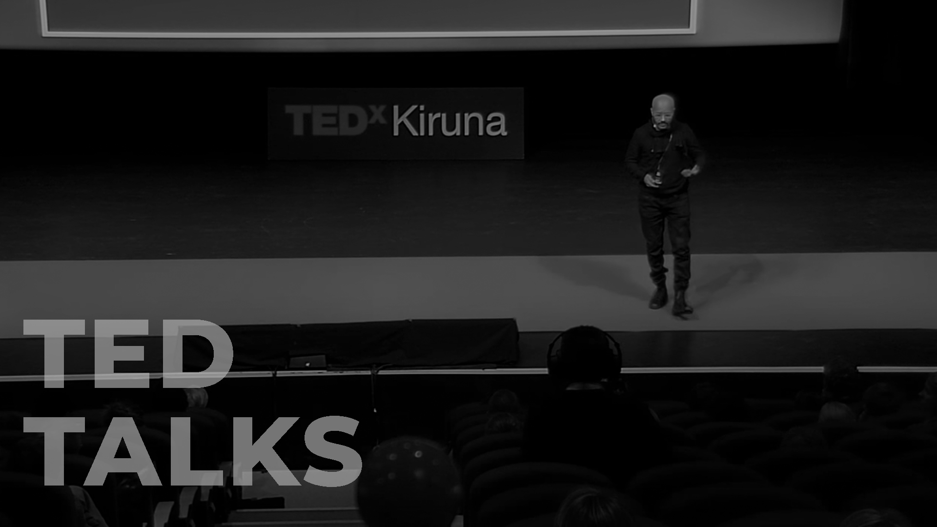 Capture key highlights from conference talks and panels