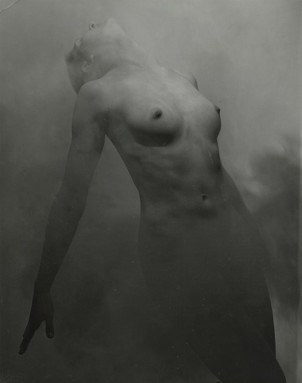 Tedi-Thurman-Nude,-New-York,-1947-1948.png