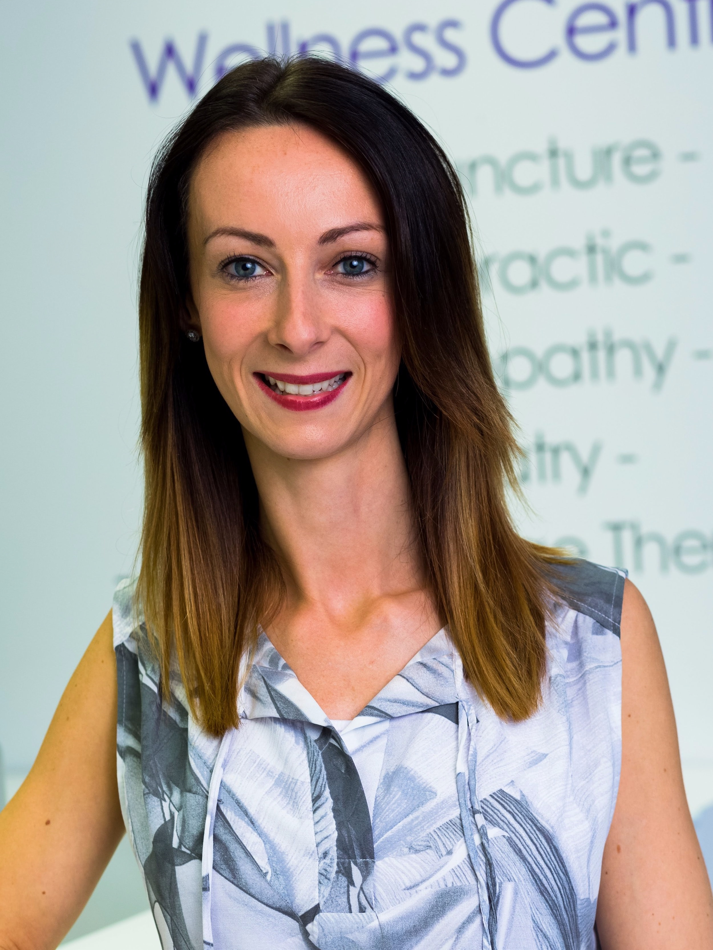 Salford+Doctor+Of+Chiropractic+Dr+Lindsay+beardswworth+at+salford+chiropractic+clinic21.jpg