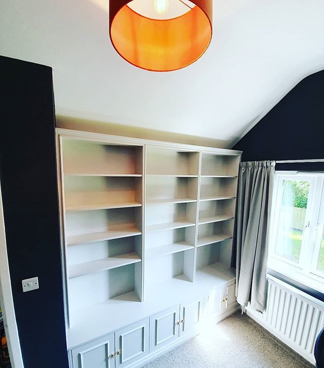 Bespoke  bookshelf finished in @farrowandball 〰️strong white 👌