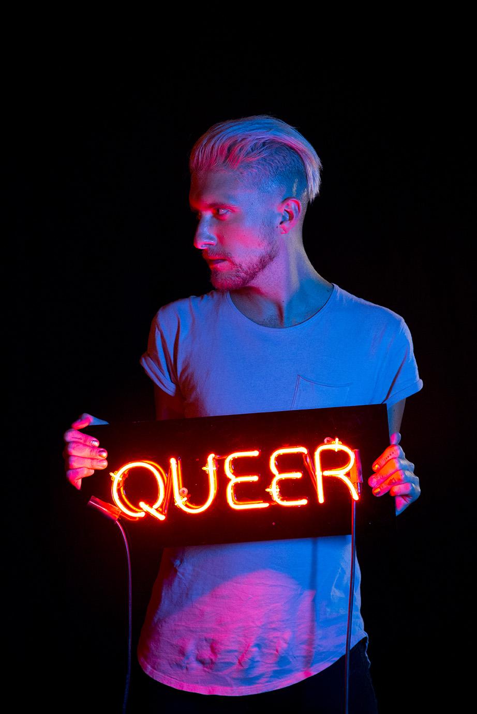 Queer (1).jpg
