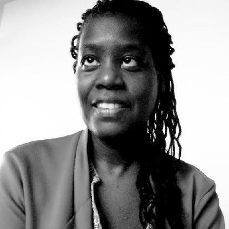 Katie Cotellon  Head of Design & User Experience     @Saint-Gobain