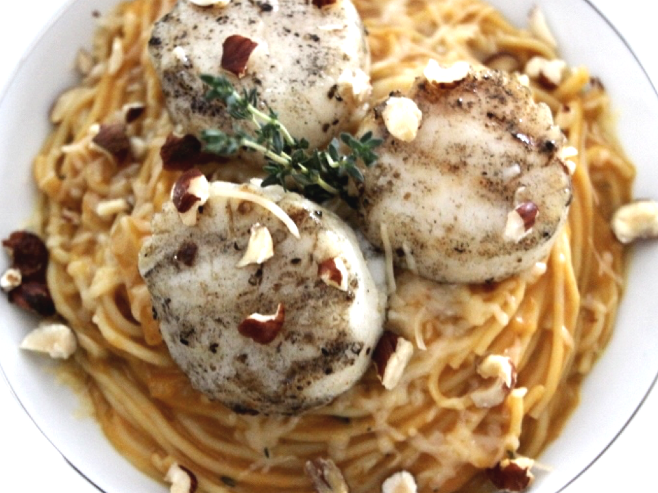 creamy-pumpkin-pasta-with-scallops.png