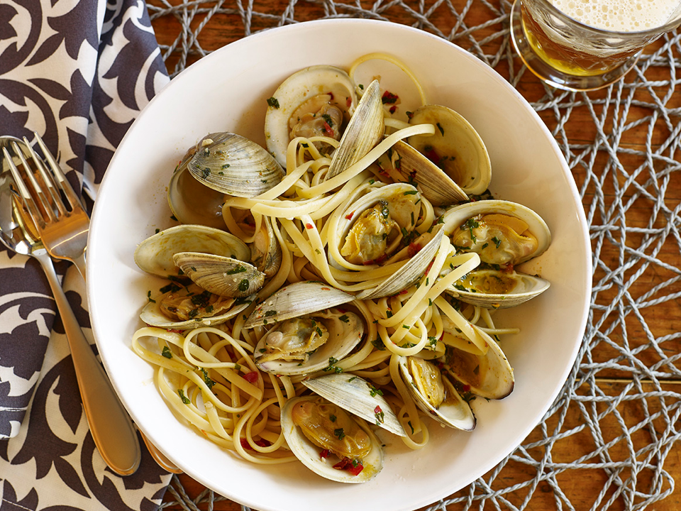 linguine-with-mussels.png