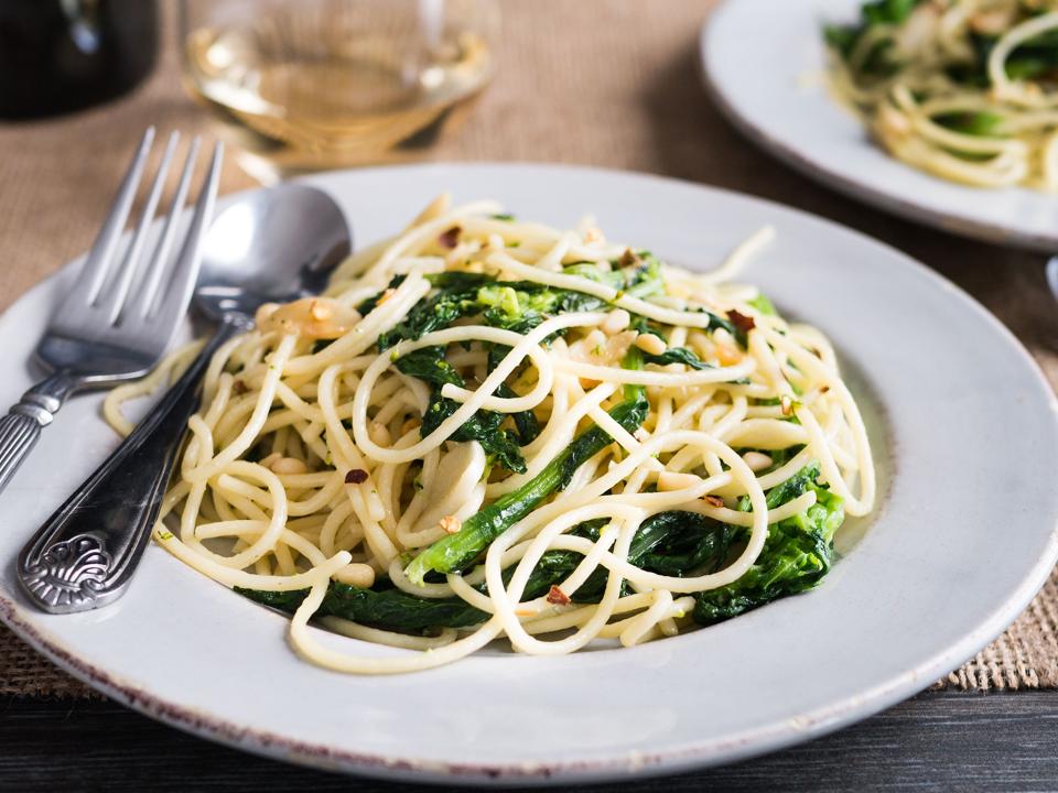 spaghetti-aglio-e-olio-con-rapini.png