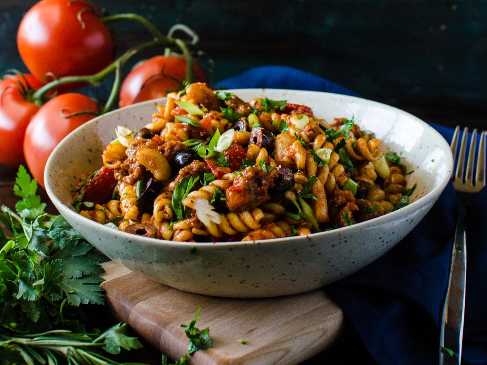 spicy-sausage-tuscan-pasta.png