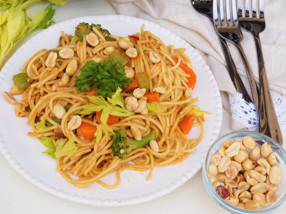 thai-style-curry-beef-and-pasta.png