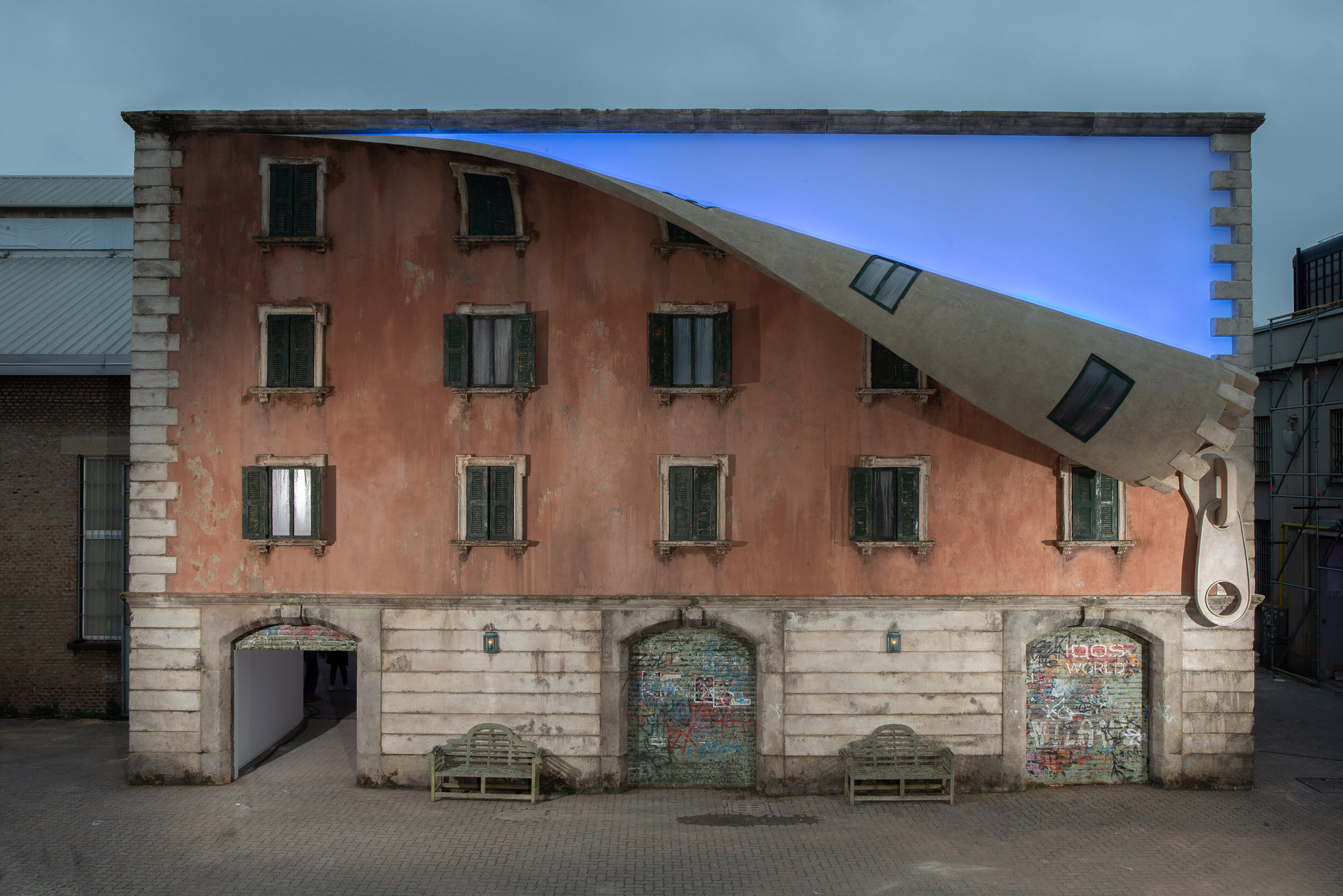 6. Alex Chinneck - A sprinkle of night and a spoonful of light - Photography by Marc Wilmott.jpeg
