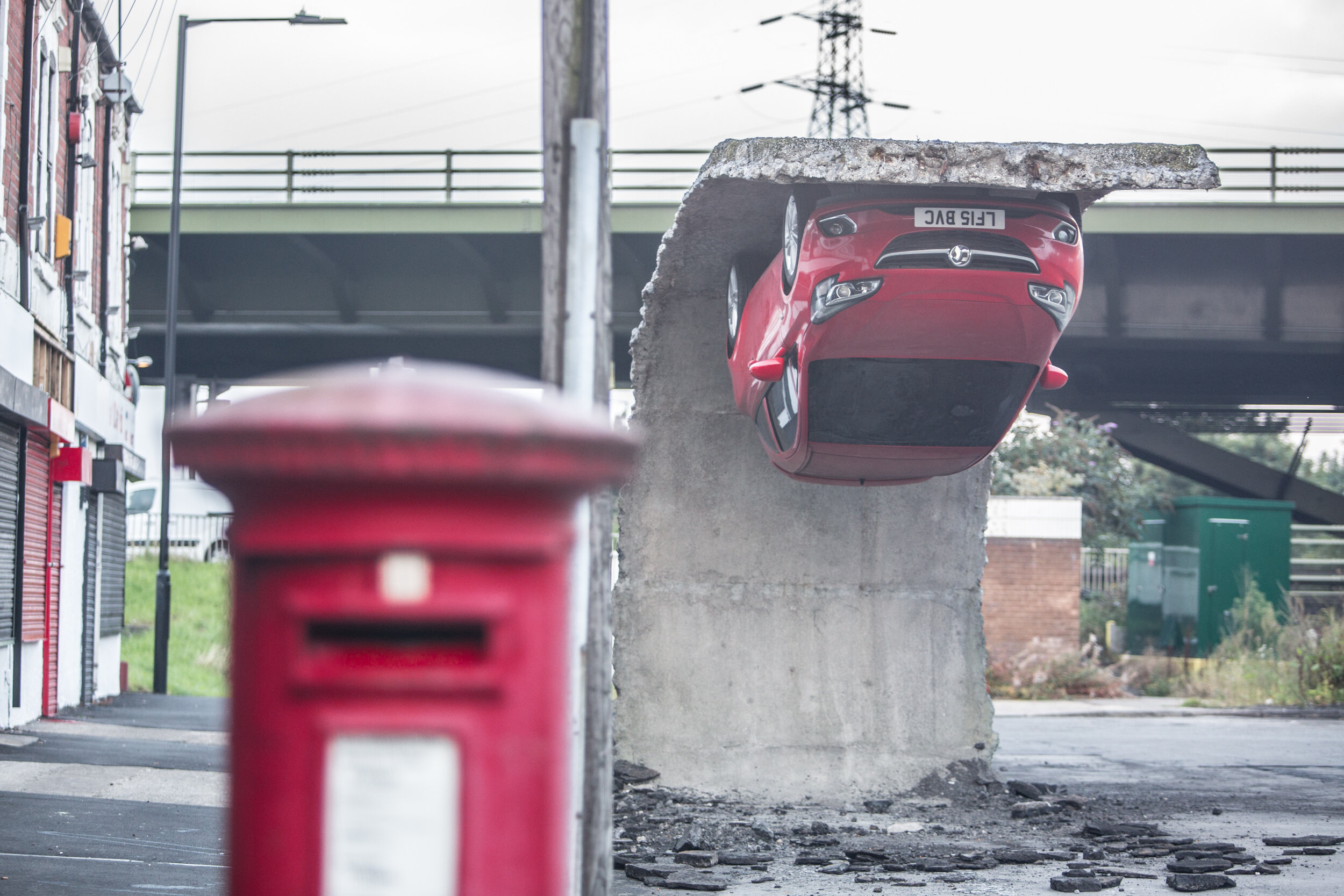 6. Alex Chinneck - Pick yourself up and pull yourself together. Image by Marc Wilmott.jpg