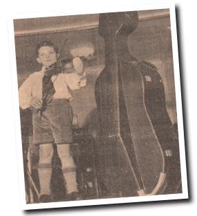 1966 DEBUT AT THE FREE TRADE HALL   Growing up in Manchester, ten-year-old Peter Manning made his debut at the Free Trade Hall, and won all the national junior competitions available to a string player, as well as appearing on television.