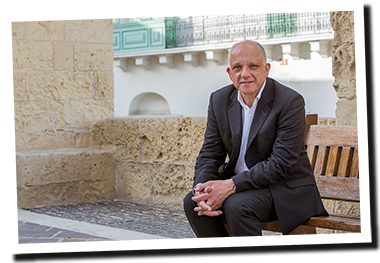 2016 ARTISTIC DIRECTOR OF THE THREE PALACES MUSIC FESTIVAL   Appointed as Artistic Director of the Three Palaces Music Festival in Malta. Peter is set to curate an inspiring selection of musicians in celebration of the deep artistic character of Malta. Presenting a wide variety of music that features local and international artists.