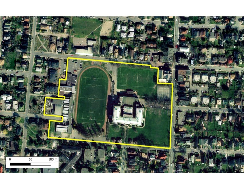 The above picture is Vic High in 2001. Present at left is the former Fairie Tech Building. Present on the grounds are 3 play fields - with very visible lines on 2 fields - the third field (at the corner of Fernwood and Grant) has trace lines of a soccer field present.