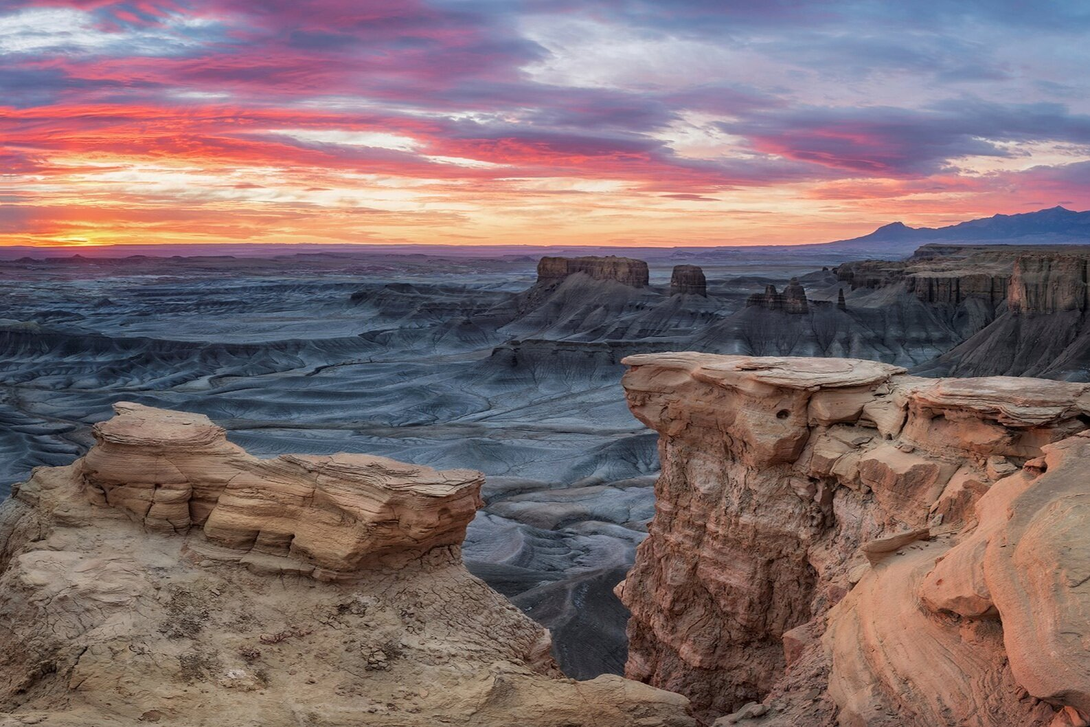 Visit Utah - Explore the official travel and visitor information website for the state of Utah. Find hotels, restaurants, events and things to do in Utah.