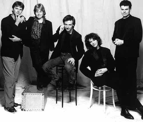 Paul Merton, Sandi Toksvig, Richard Vranch, Josie Lawrence, Neil Mullarkey.