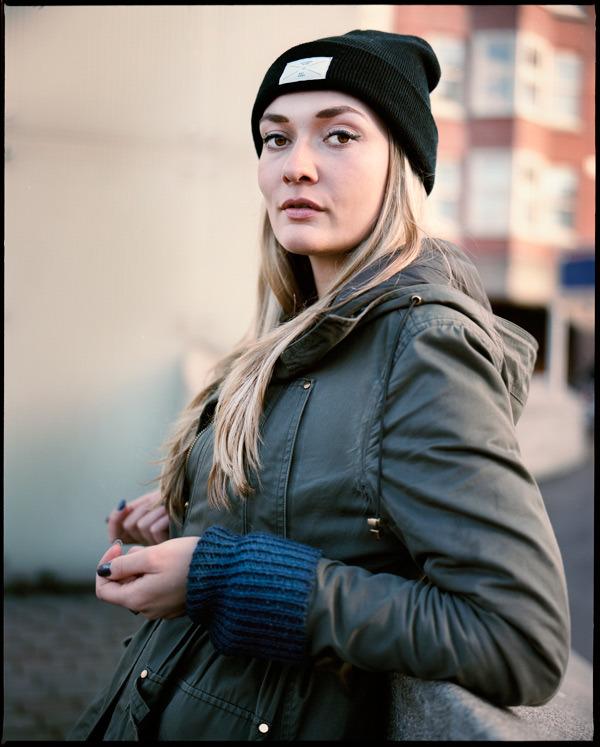 Amsterdam, 11 December 2014.Theatermaker Daria Bukvic voor Het Parool.  More Portraits: www.marcdriessen.com