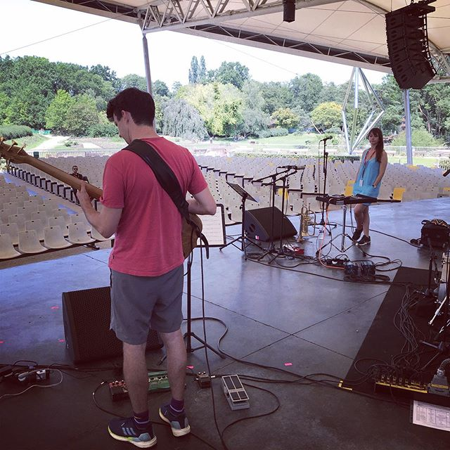 Sound-checking at @parisjazzfest with @yazzahmedmusic. We're on at 5pm if you're around 😊 #yazzahmed #paris #parisjazzfestival #parcfloral @davemanington