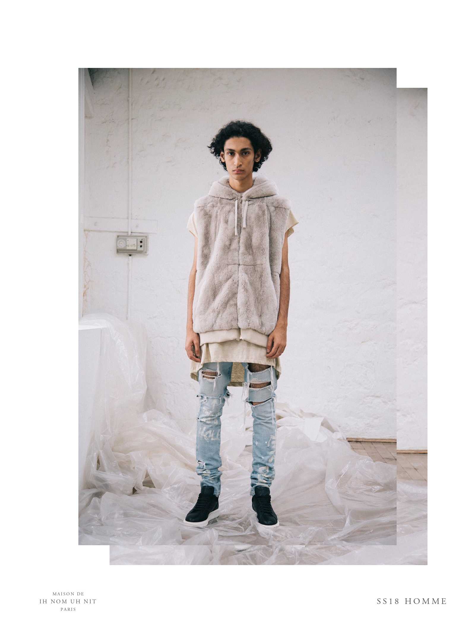 SS18 HOMME LOOK BOOK_pages-to-jpg-0031.jpg