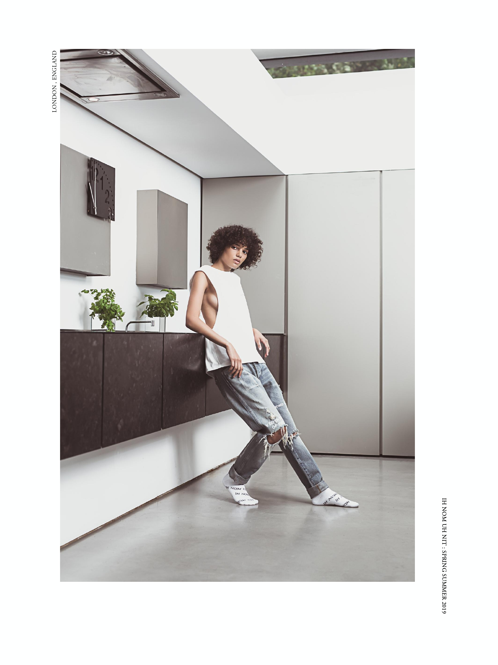 SS19 WOMAN LOOK BOOK_pages-to-jpg-0003.jpg