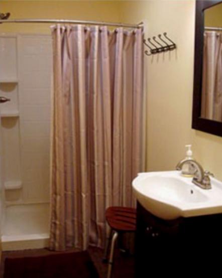 Antonia Albano Retreat   Hay Loft Dorm   Bathroom.png