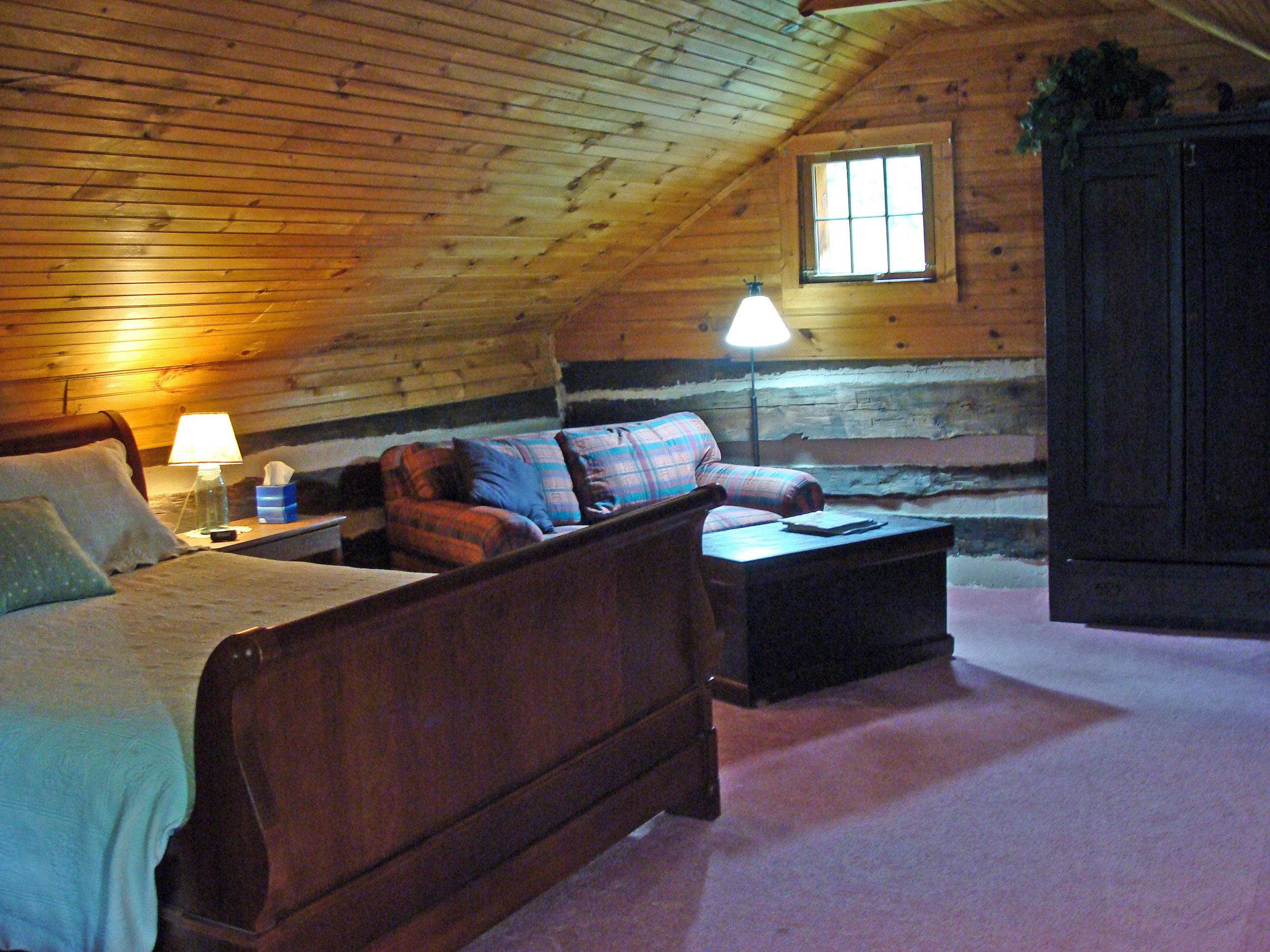 Antonia Albano Retreat   Highlands Cabin  Bedroom.JPG