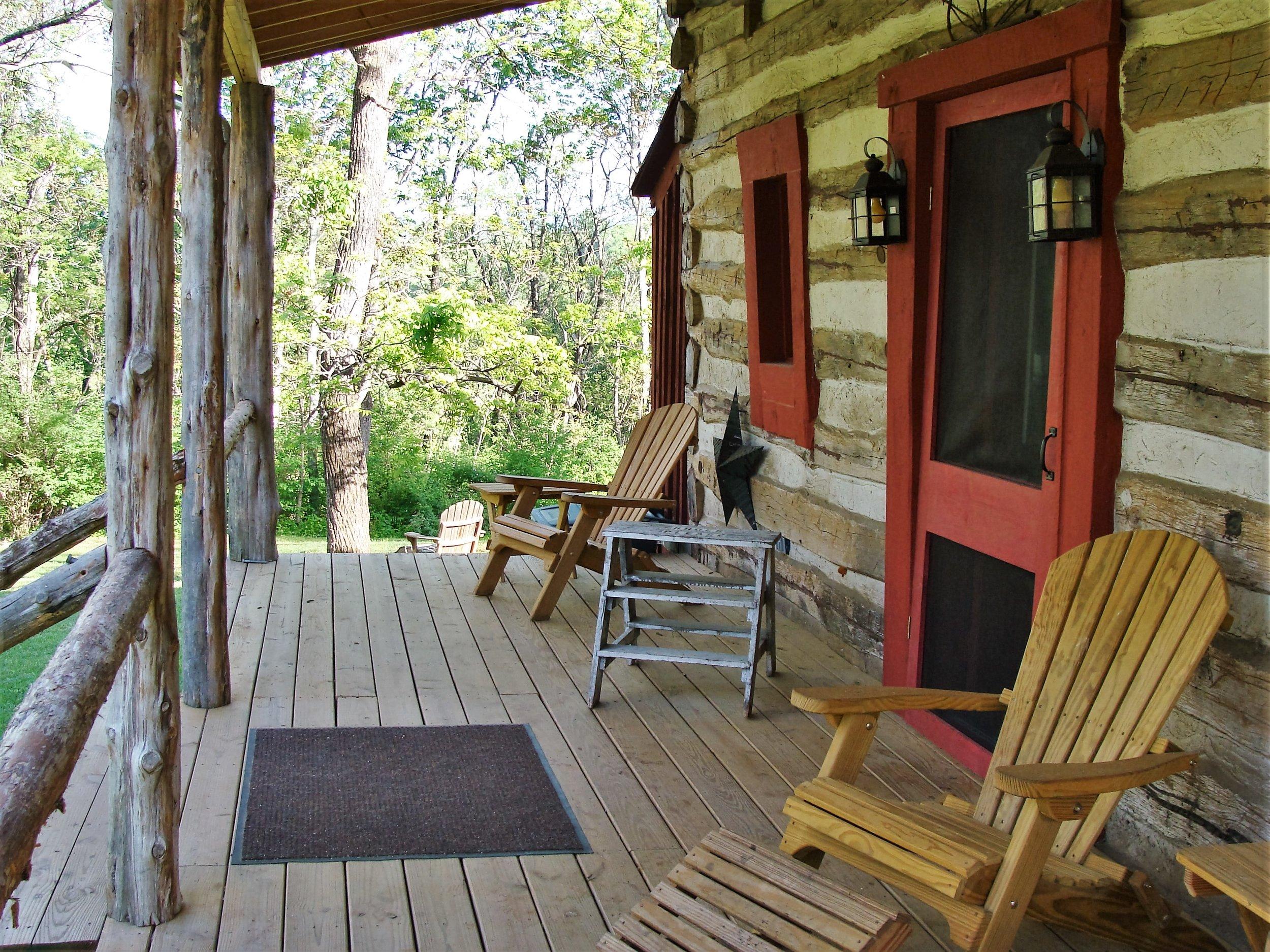Retreat   Stone Cutters Cabin   Outside.JPG