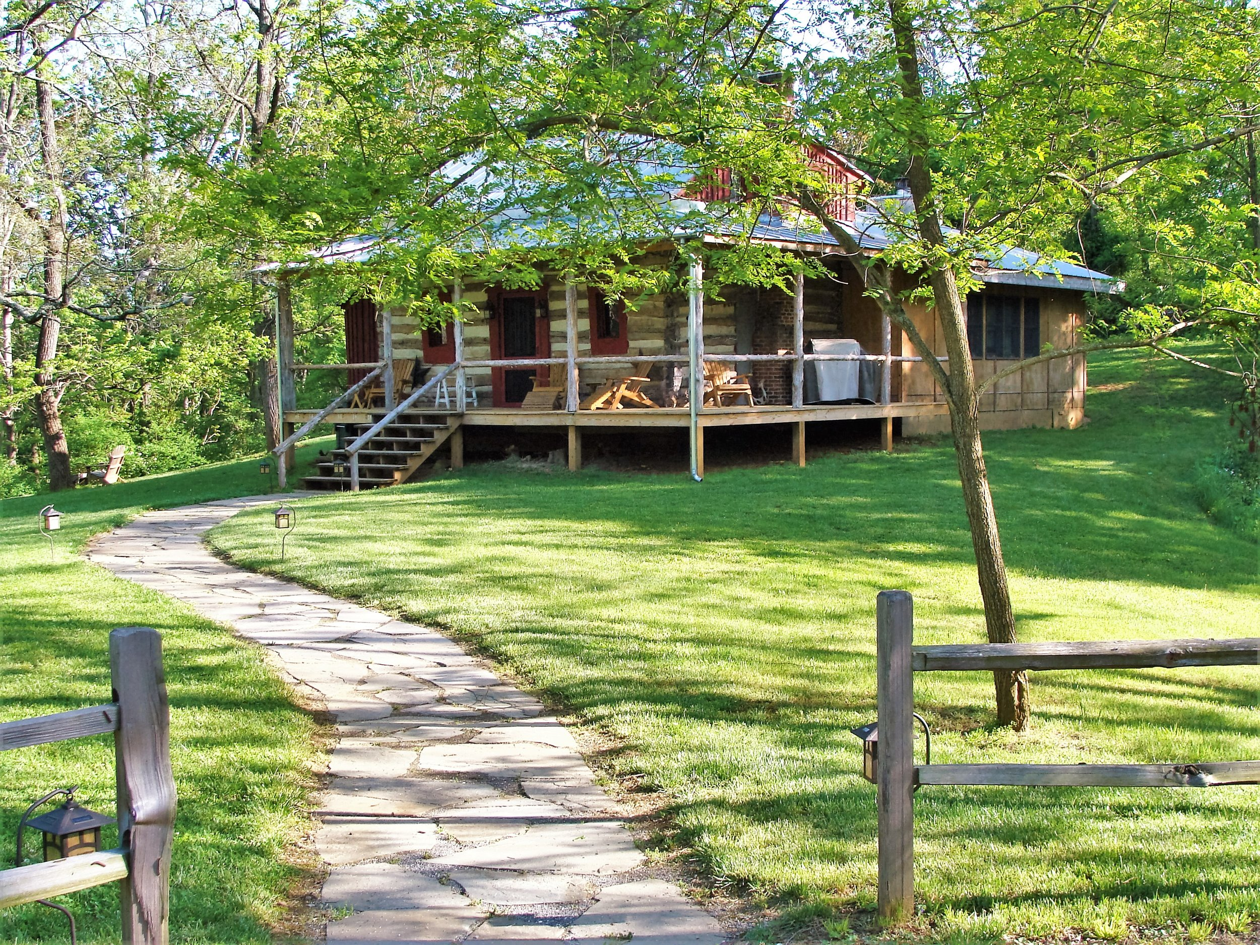 Retreat   Stone Cutters Cabin  Meandering Path to Entry.JPG