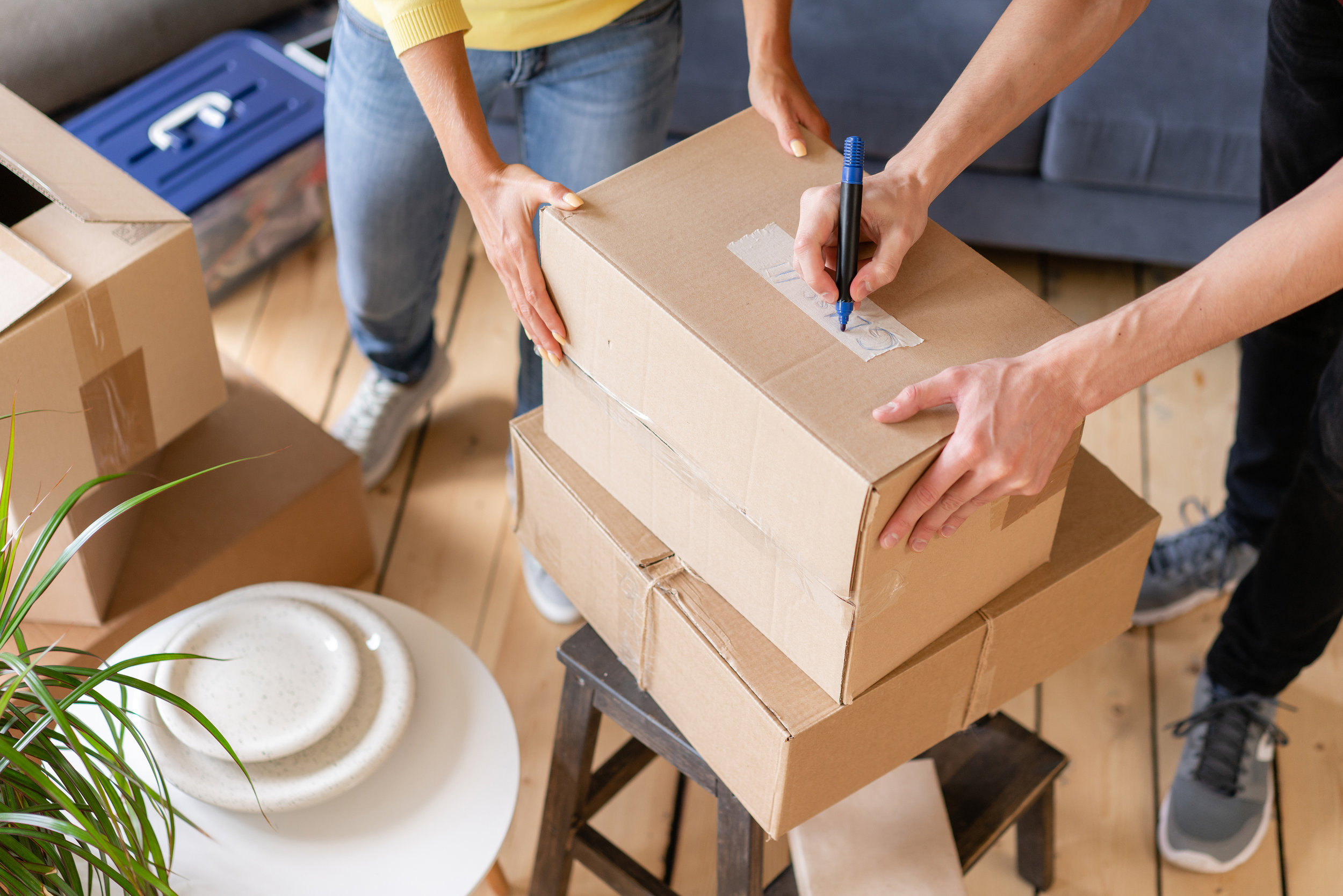 Organizing, sorting, & downsizing your move - After living in a home for several years there are many special items you''ll want to move with you. We will help you identify those things first and work with you on deciding what to do with everything else.