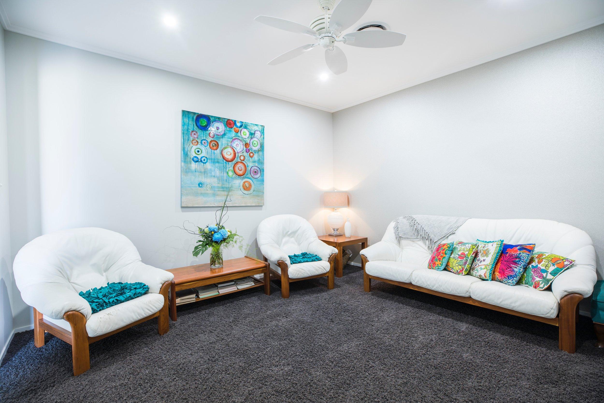 ceiling-clean-comfort-2806353.jpg