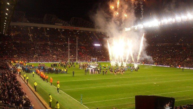 - La Coupe du monde de Rugby à XIII 2013 a été la coupe du monde la plus réussie.L'ambiance électrique, les matches à guichets fermés, les matches serrés et la défaite de l'Angleterre en demi-finale contre la Nouvelle-Zélande en ont fait la compétition la plus mémorable jusqu'ici. Les Kangourous ont renversé le résultat de 2008 en s'imposant 34:2 face aux Kiwis.